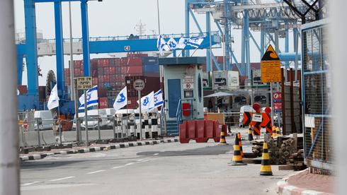 חודש להסכם בנמל אשדוד: האוניות עדיין תקועות בפקק