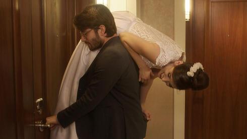 """הסרט """"אחד בלב"""": פראפרזה על הקומדיה הרומנטית"""
