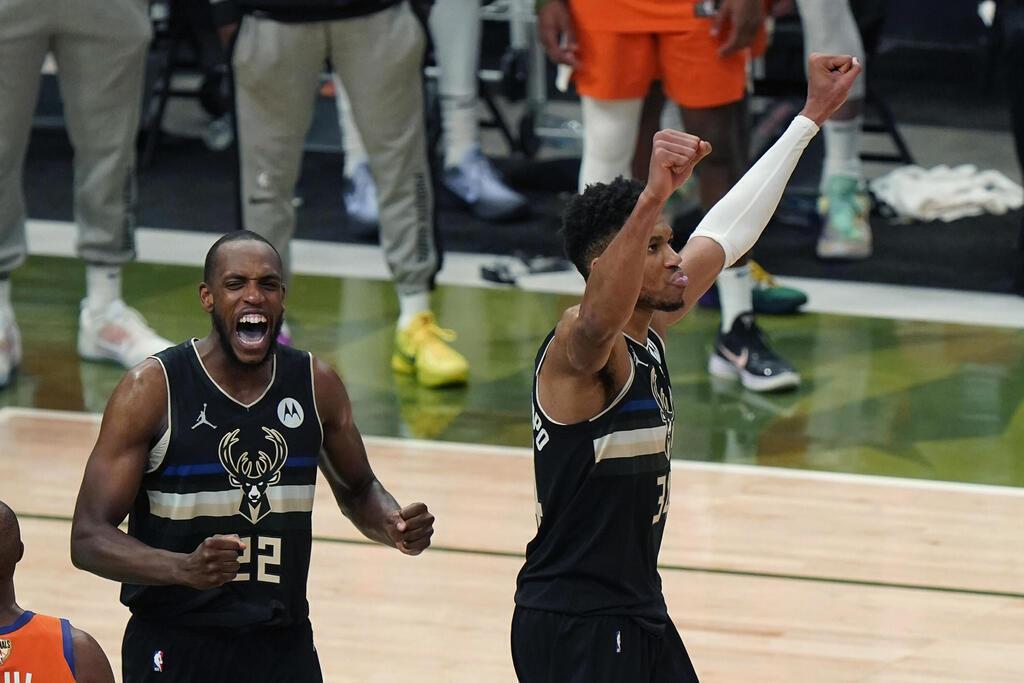 יאניס אדטוקומבו NBA אליפות 4