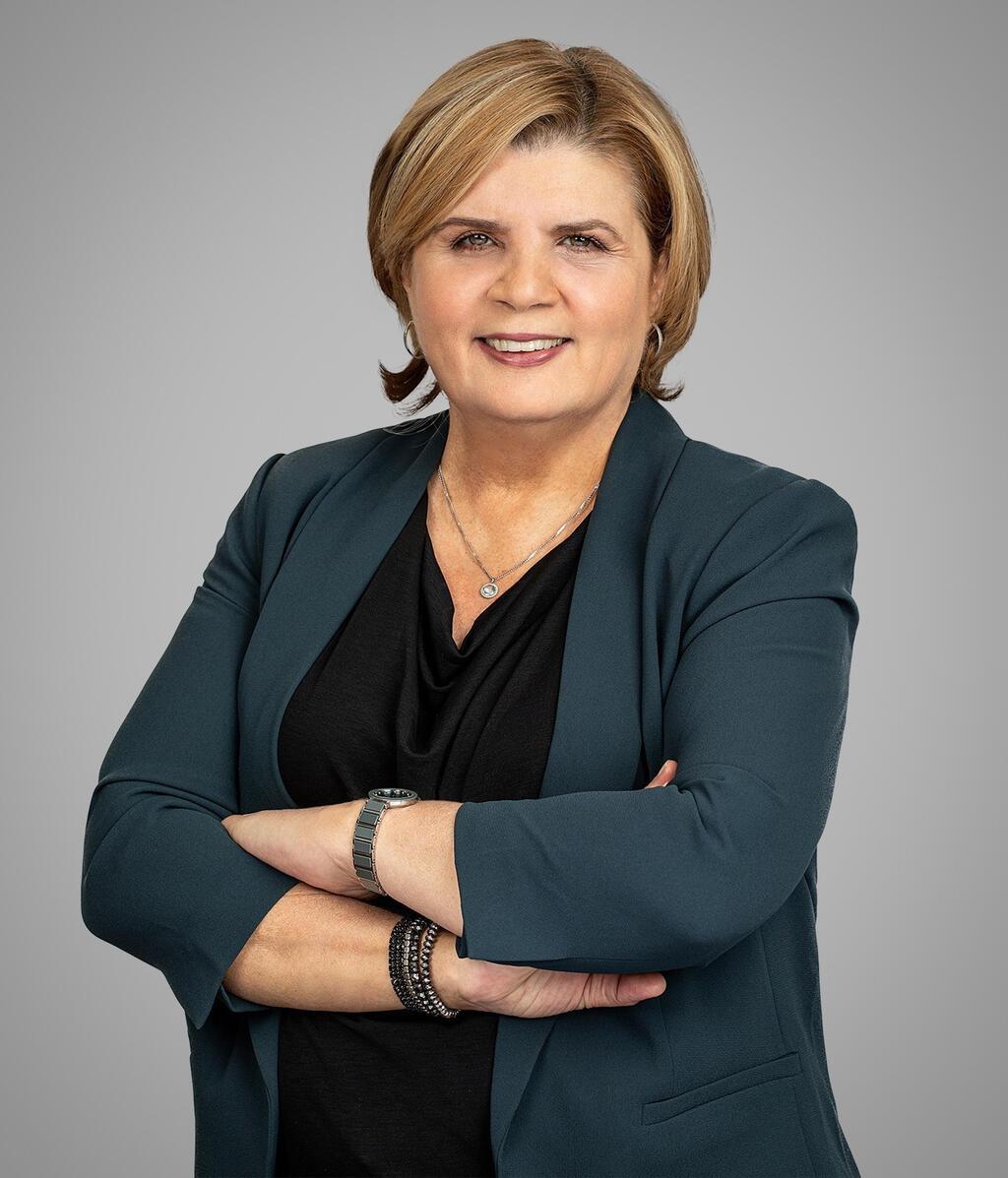 אורנה ברביבאי שרת הכלכלה