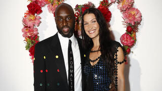 פנאי אבלו עם הדוגמנית ג'יג'י חדיד באירוע של ויטון בתחילת החודש ב פריז