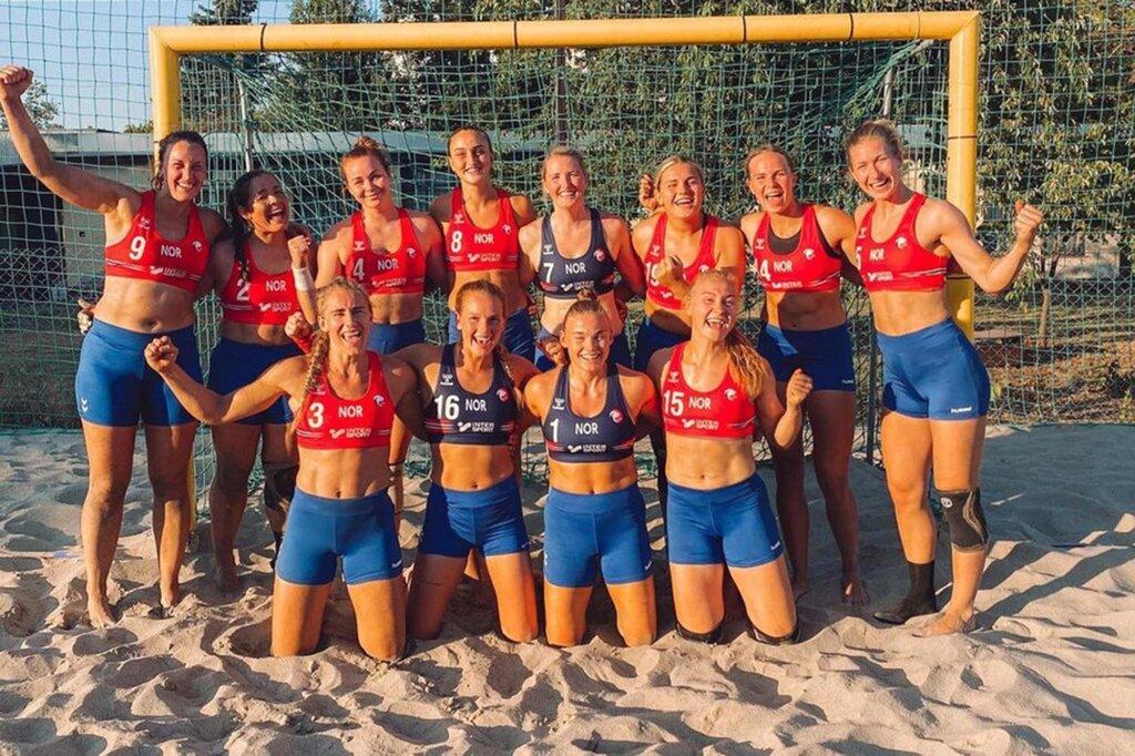 נבחרת נורבגיה כדוריד חופים נשים ביקיני תלבושת