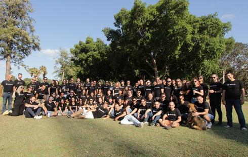 צוות העובדים של פיירבלוקס, צילום: Ori Kuyumgiski