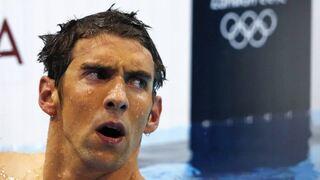 מייקל פלפס עם הלוגו האולימפי בריכה , צילום: רויטרס
