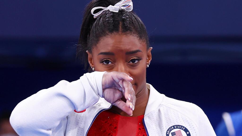 סימון ביילס לאחר שפרשה מהתחרות, אולימפיאדת טוקיו, צילום: רויטרס