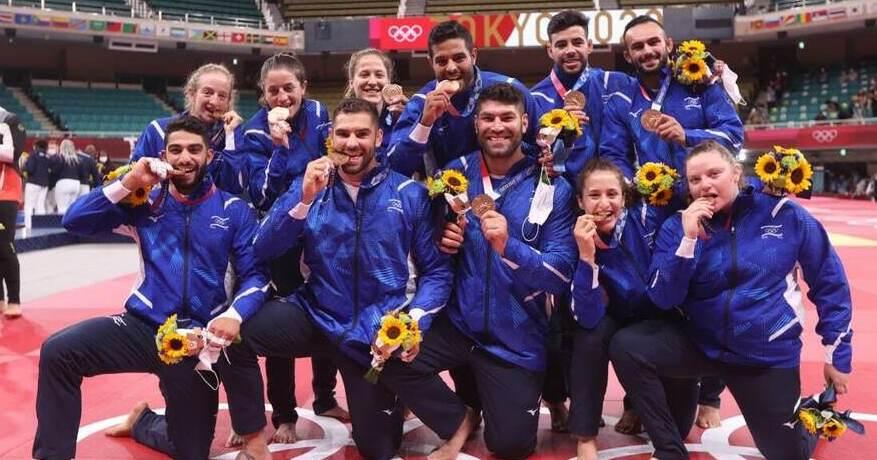 נבחרת ישראל ב ג'ודו עם מדליות הארד טוקיו 2020