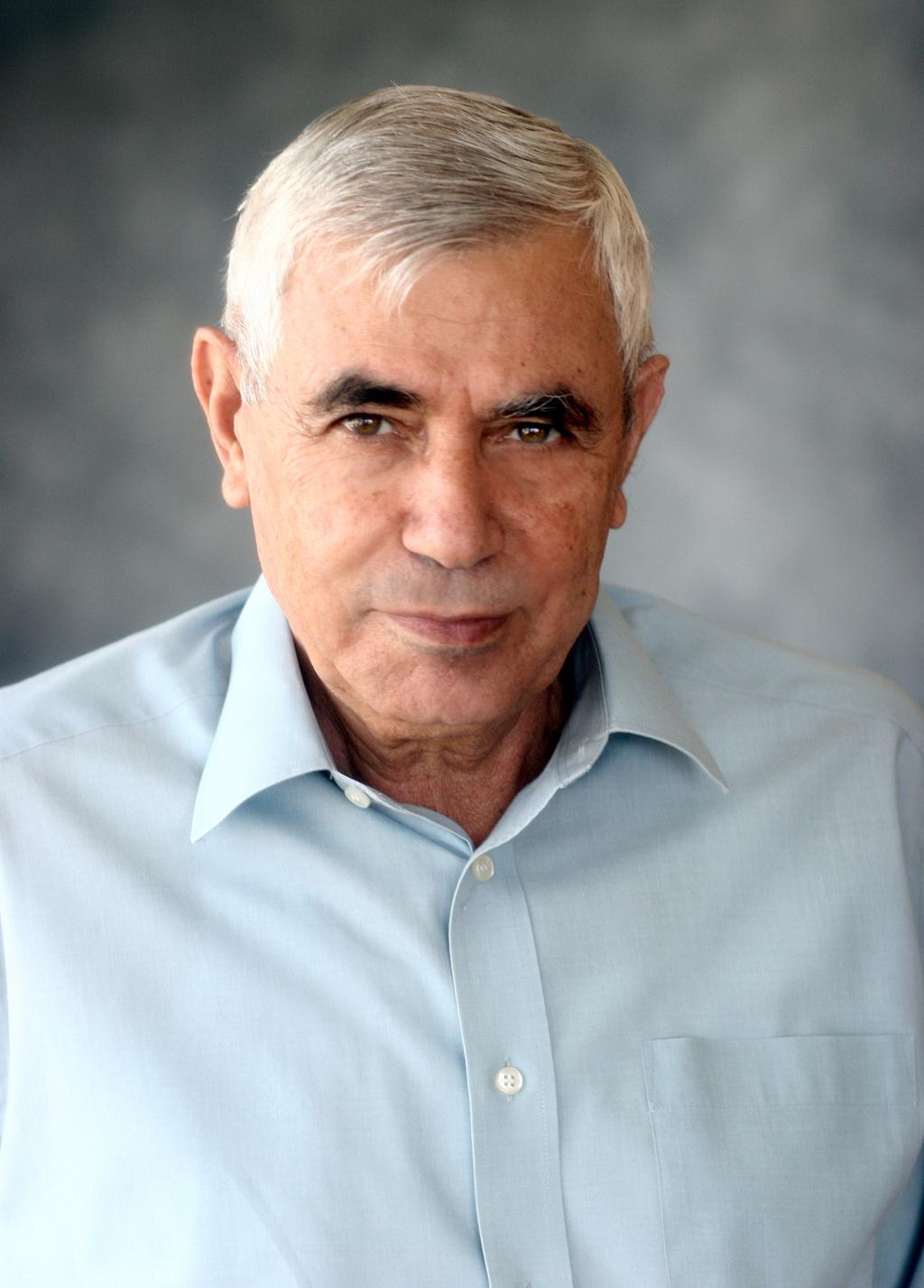 """יוסי רוזן, יו""""ר המכון הישראלי לאנרגיה וסביבה"""