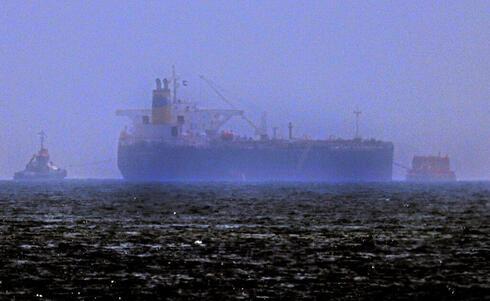 """הדרמה מול חופי האמירויות: """"החוטפים ירדו מהספינה"""""""