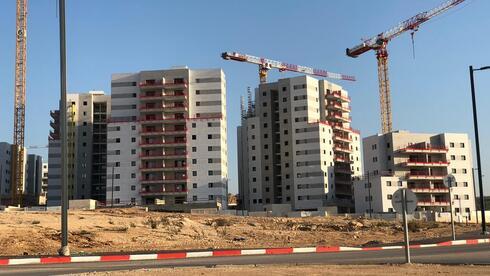 פרויקט מגורים בבנייה, ליטל גואלמן