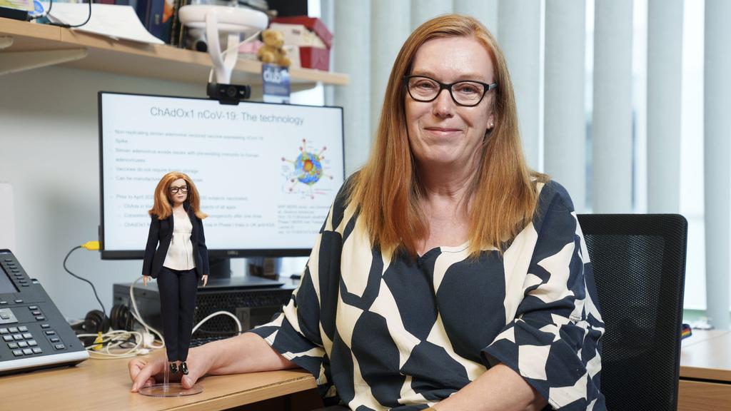 ברבי פרופ' שרה גילברט מפתחת חיסון קורונה אוניברסיטת אוקפורד