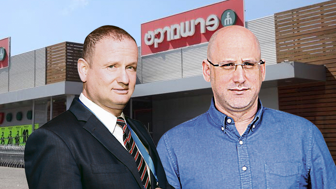 ניר שטרן ו הראל לוקר על רקע פרשמרקט, צילום: אלכס קולומויסקי אוראל כהן טל שחר