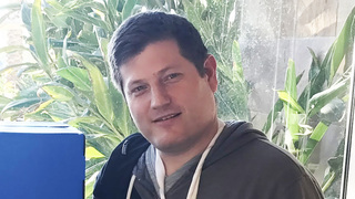 צביקה ברנהולץ׳ מנהל קבוצת מוצר של בינה מלאכותית באינטואיט ישראל