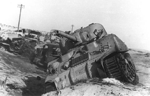 טנקים ומשאיות שהושמדו בגזרת סיני, Wikimedia