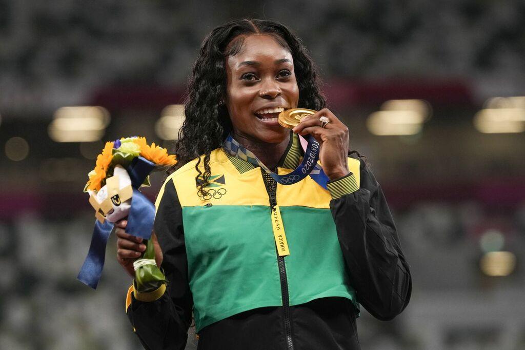 איליין תומפסון הרה מדליית זהב 100 מטר 200 מטר טוקיו 2020