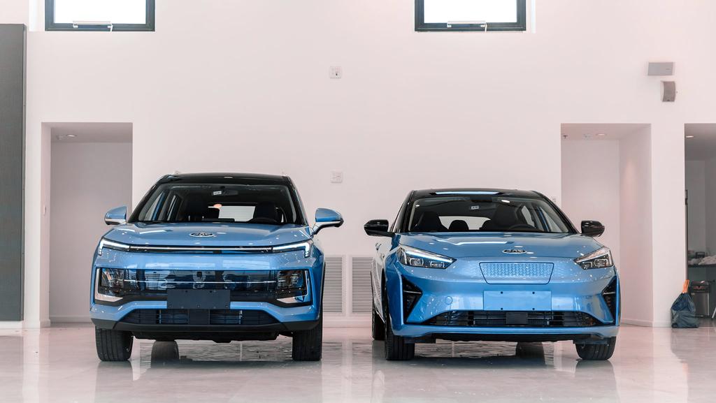 רכב רכבים מכוניות JAC סיניות