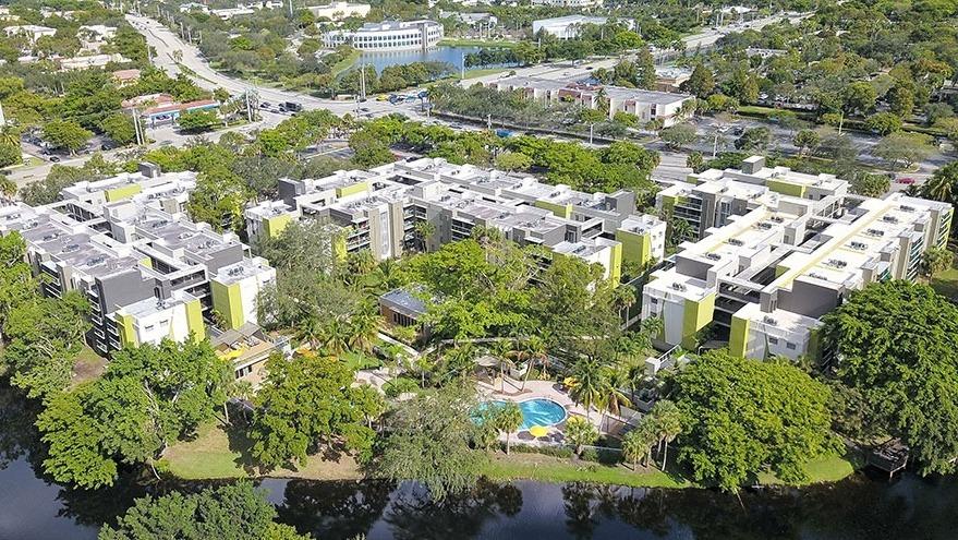 Axis, Miami, FL