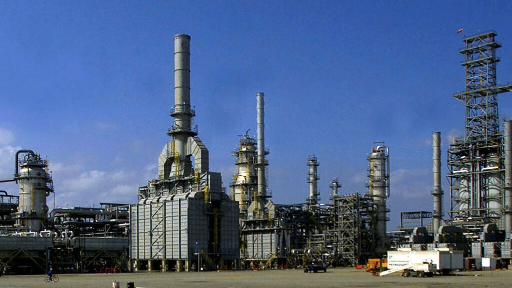 קרן הפנסיה של ניו יורק בוחנת השקעותיה בחברות אנרגיה