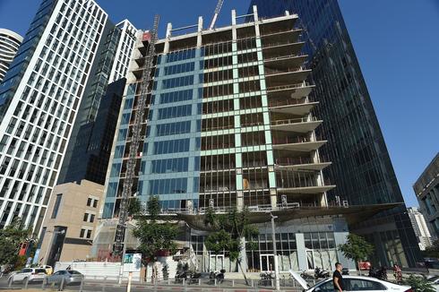 מגדל משרדים. תתאפשר הוספת דירות, צילום: יובל חן