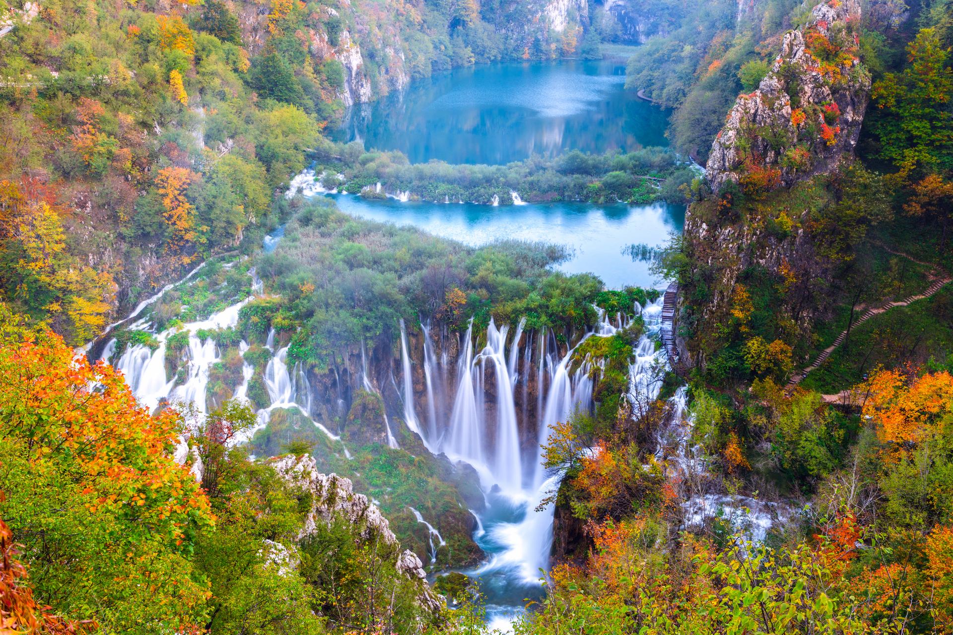 פוטו מקומות שחייבים להיות בהם פארק לאומי פליטוויס קרואטיה