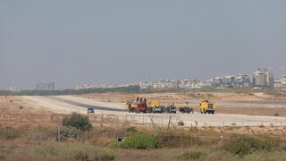 שדה דב, צילום: אוראל כהן