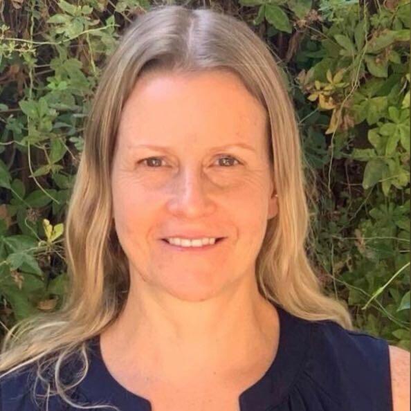 גלית סלוין - מנהלת מרכז תפעול ושירות של טבע ישראל
