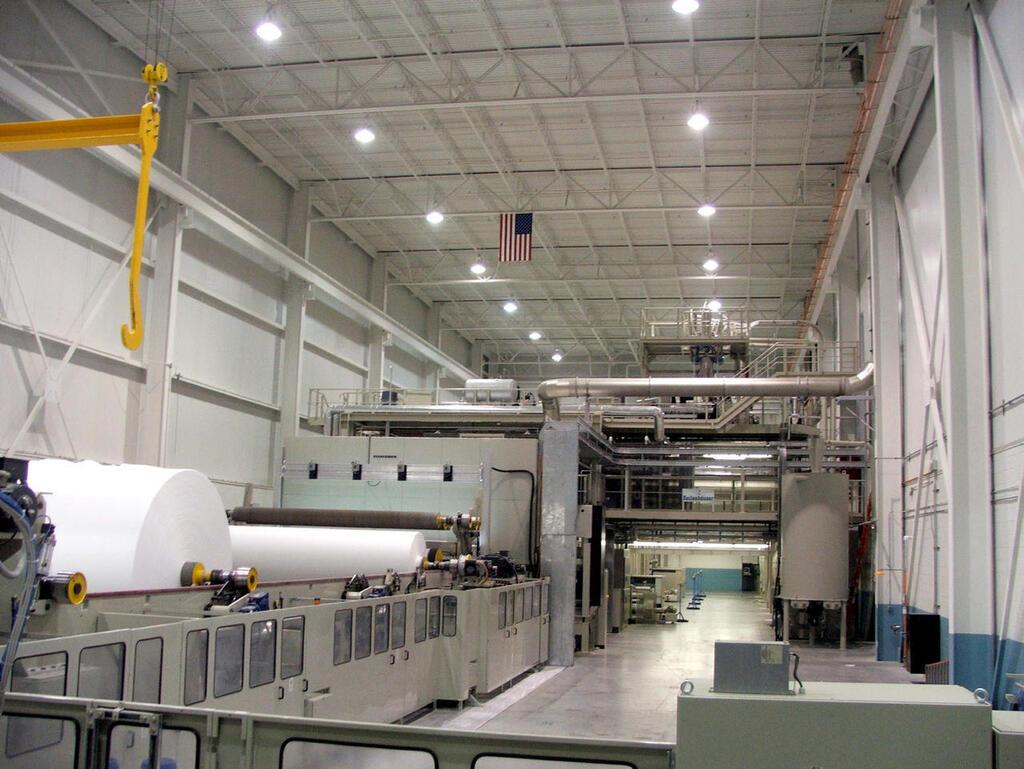 קו ייצור של אבגול ב מפעל ברקן