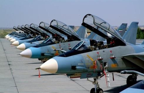 ליין מטוסי F14 באיראן, צילום: FARS