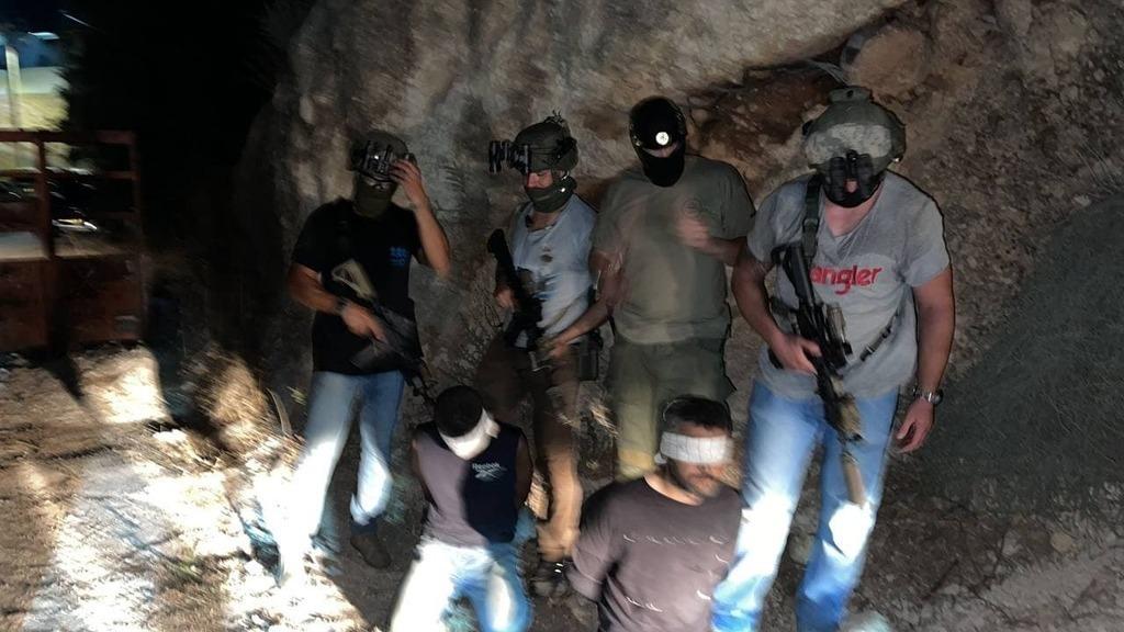 """שוטרים ימ""""מ שלכדו את זכריא זביידי ו קאסם עארדה מחבלים נמלטים מכלא גלבוע נלכדו"""