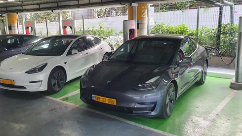 עובדי המדינה יוכלו לטעון את הרכב החשמלי – אבל לאט
