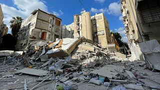 בניין ש קרס ב חולון, צילום: קובי קואנקס