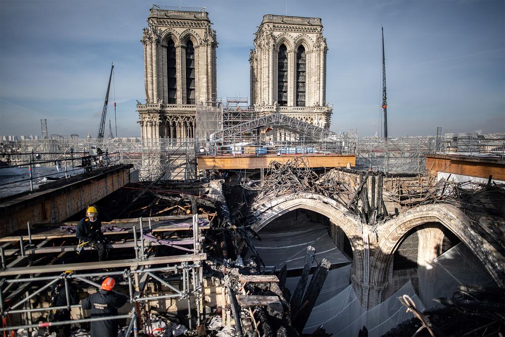 שיפוץ קתדרלת נוטרה דאם פריז