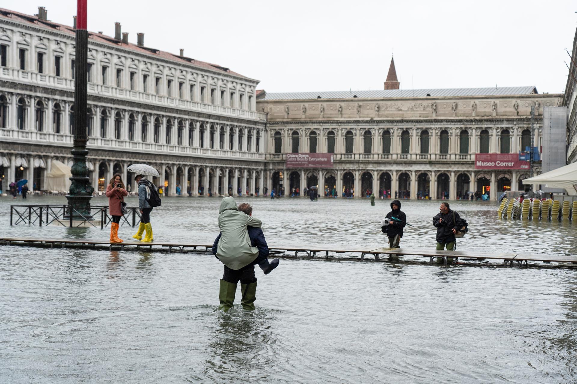 פוטו ערים שוקעות ונציה