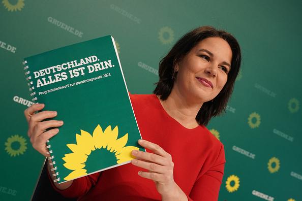 אנלנה ברבוק מועמדת מפלגת הירוקים ב גרמניה הבחירות בגרמניה בחירות ב גרמניה