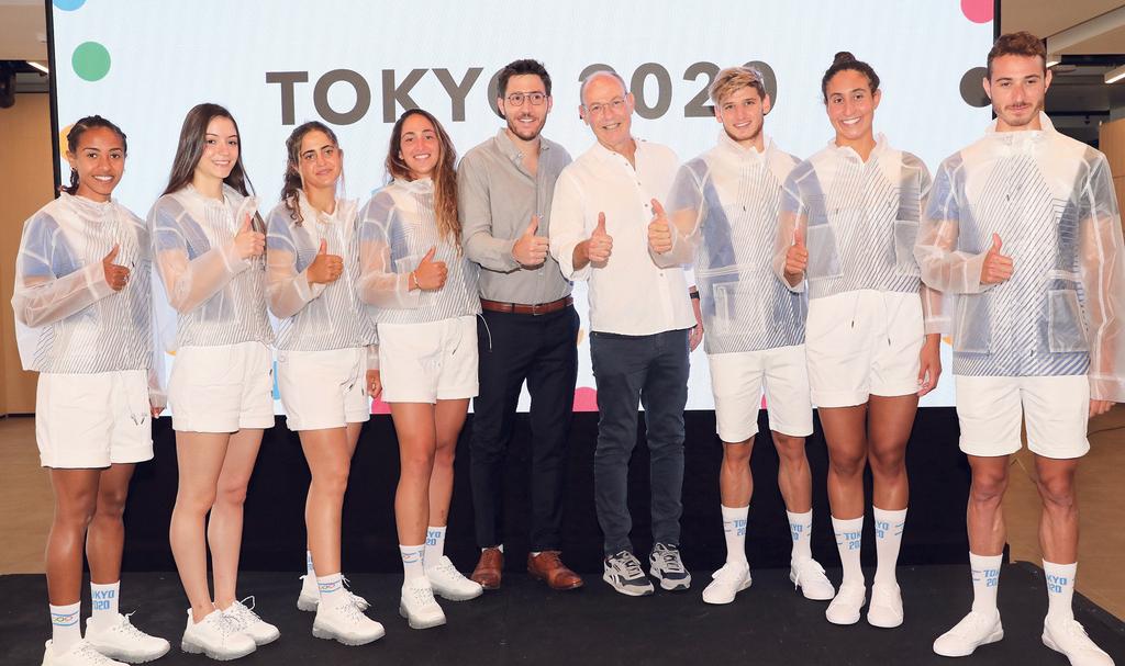 נבחרת ישראל לאולמפיאדה יחד עם גבי רוטר
