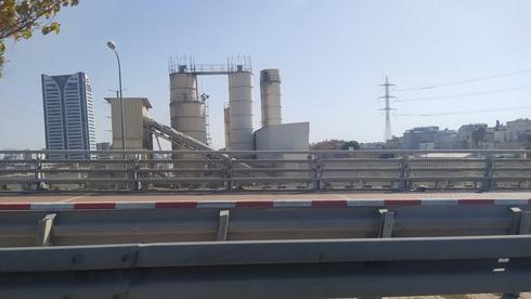 שפיר תפנה מפעל לייצור בטון שהוקם שלא כדין עבור עבודות הרכבת הקלה