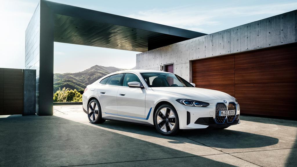 BMW i4 ב.מ.וו edrive40