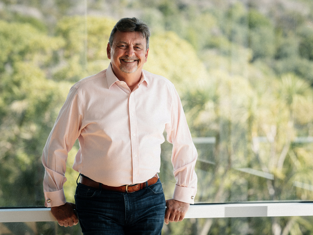 אנדרו בארנס מייסד חברה לניהול עיזבונות בשם Perpetual Guardian