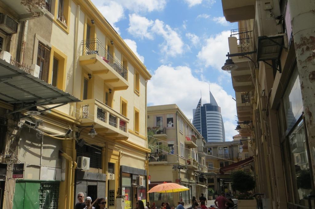 עיר התחתית בחיפה. סצנה לוהטת בזכות אלפי הסטודנטים