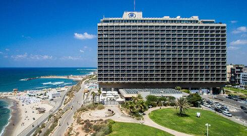 עיריית תל אביב ומלון הילטון מציגים: הקרב על המחסום