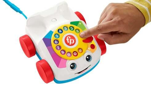 פישר פרייס משיקה גרסה אמיתית לטלפון המשחק האיקוני שלה