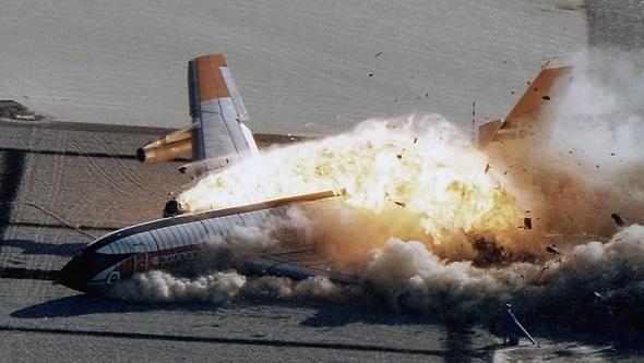 הקברניט תאונה התרסקות מטוס נוסעים , צילום: NASA