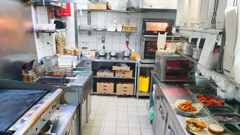 """טרנד הקורונה: רשת BBB פתחה מטבח משלוחים בדרום ת""""א"""